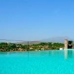 Tervezgeted a nyaralás? - Elképesztő luxus apartman a Marbella dombtetőn!