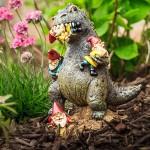 Bizarr kerti törpék- őrült giccsparádé a kertben!