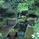 Modern kertdíszítés - Tükrök a növények közt