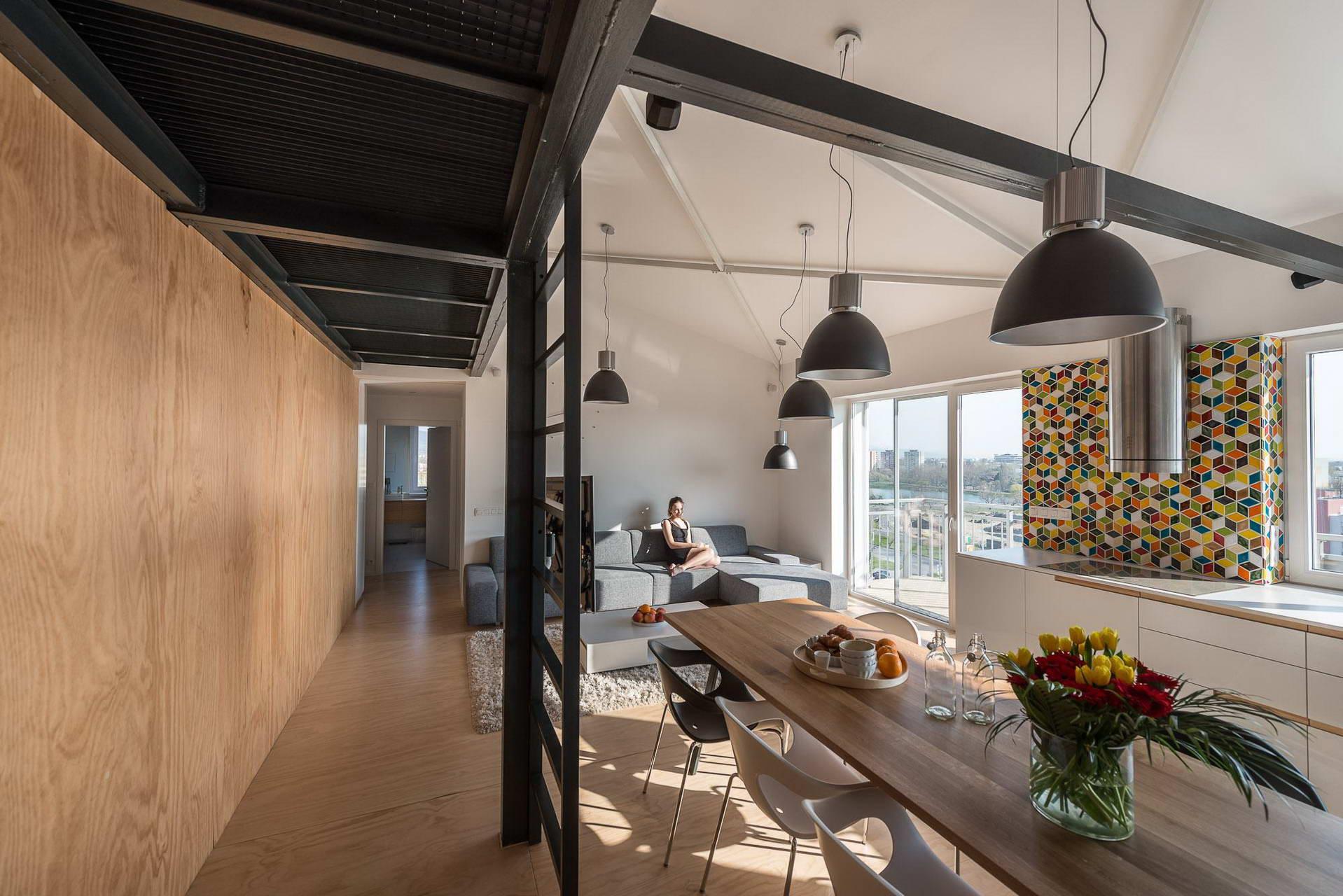 Loft lakás a tetőtérben nappali