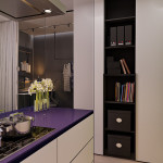 mini lakás neon színnekkel - fehér konyha