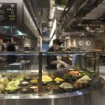 modern étterem - McDonald's pult
