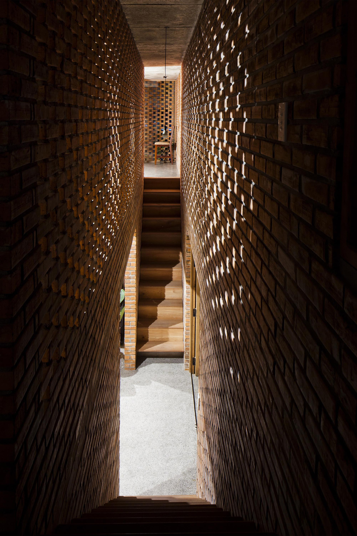 tégla ház lépcsőház
