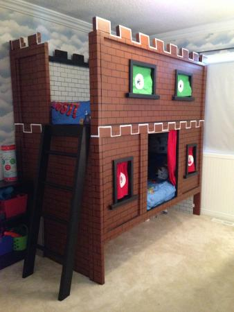 gyerekszoba bútor gyerekszoba falfestés és egyéb dekoráció, lakberendezési ötlet - mario kastély ágy