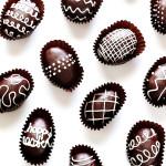 húsvéti tojás, tojásfestés - csokitojás Oreo kekszből