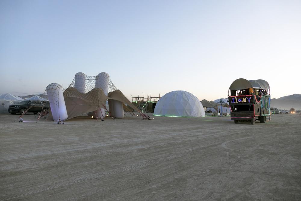 játszótér és ugrálóvár - felfújható játéktér