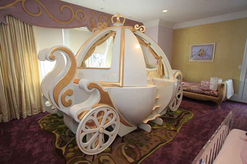 különleges gyerekszoba bútor és lakberendezés - hercegnő hintó