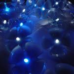 pet palack és pet kupak újrahasznosítás - hangulat fény és hangulat világítás újrahasznosított műanyag palackból