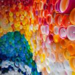 pet palack és pet kupak újrahasznosítás - kupak mozaik falakra