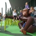 rakéta játszótér és mászóka majom és növény kert mászóka
