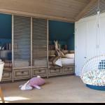 rusztikus provence stílusú lakás konyha tetőtéri gyerekszoba