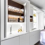 átalakítható bárpult, bárszekrény és konzolasztal hútővel