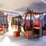 modern iroda pihenés a sifelvonóban mint a játszótéren