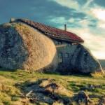 bizarr szikla ház