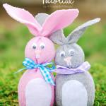 húsvéti dekoráció - húsvéti nyuszi zokniból