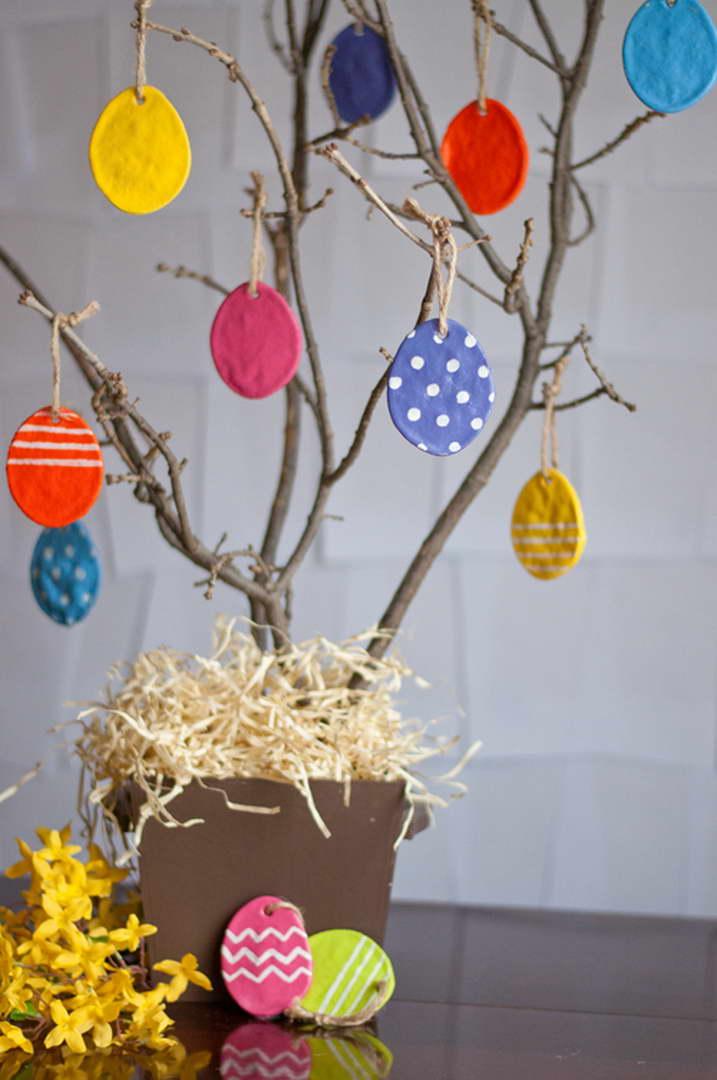 húsvéti dekoráció - tojás fa sógyurmából