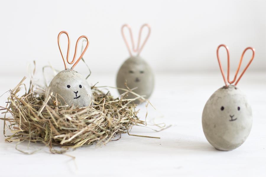 húsvéti ötletl tojásfestéshez - beton húsvéti tojás