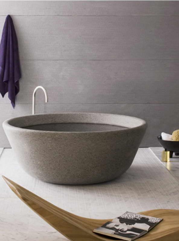 különleges mosdó kőből esetleg faragva