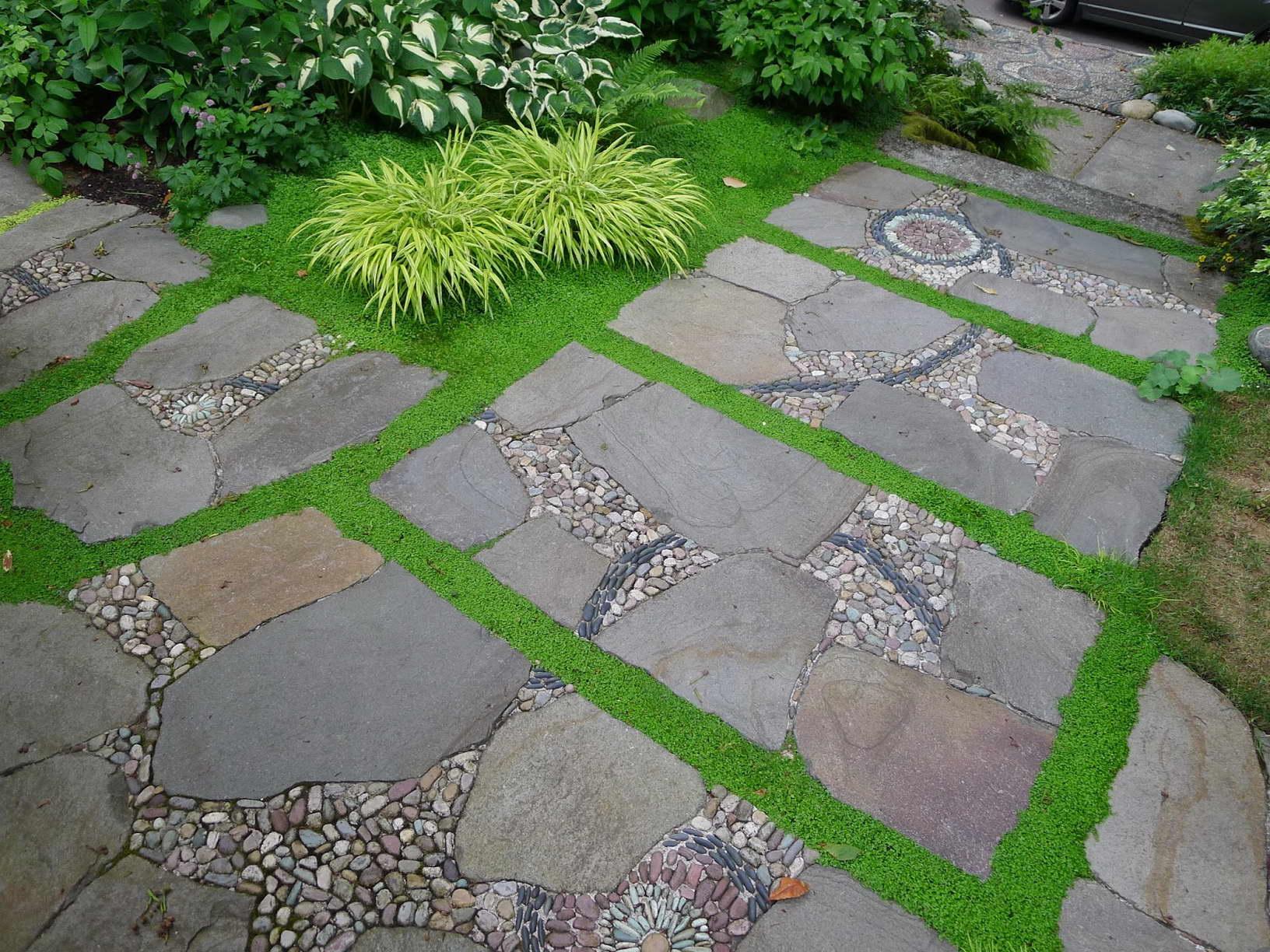kertépítés ötlet - kerti járda kőből