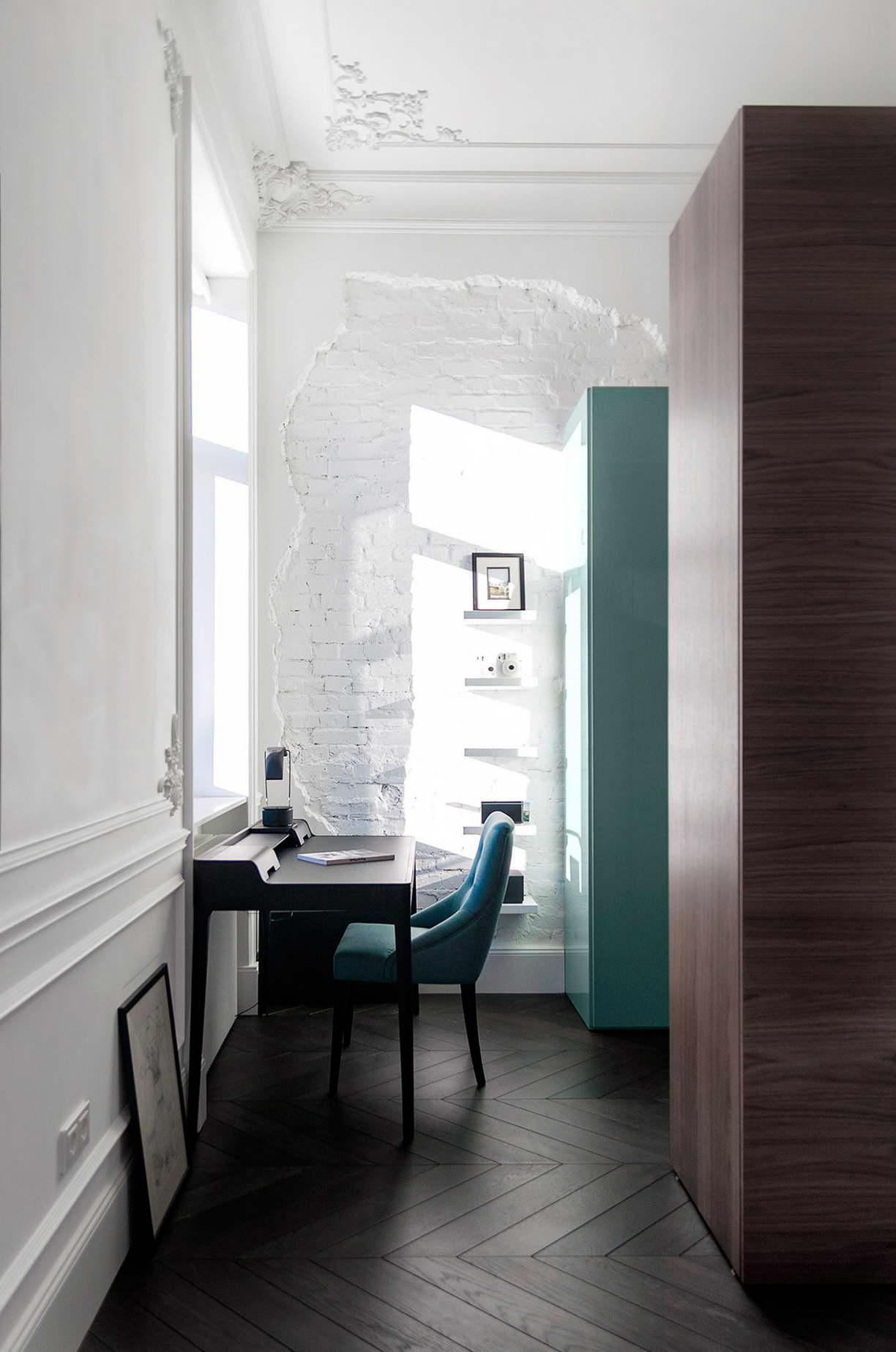modern lakás - régi - új dizájn - dolgozó