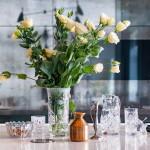 modern lakás - régi - új dizájn - kristály váza