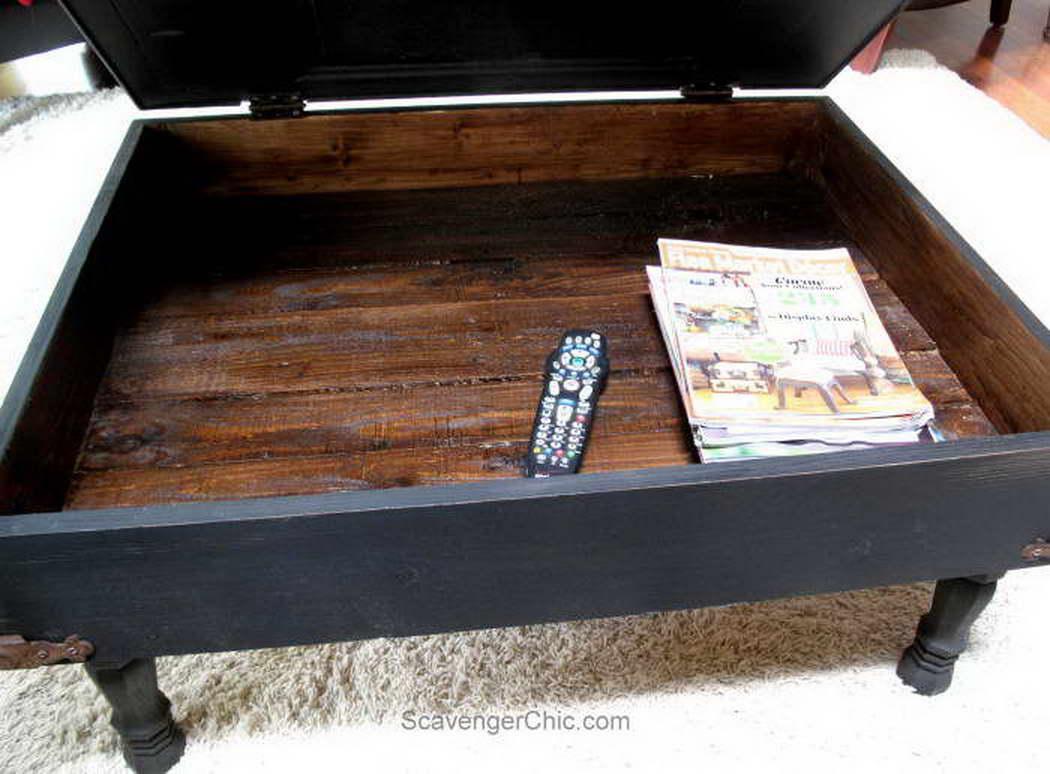 régi ajtó újrahasznosítás - dohányzóasztal
