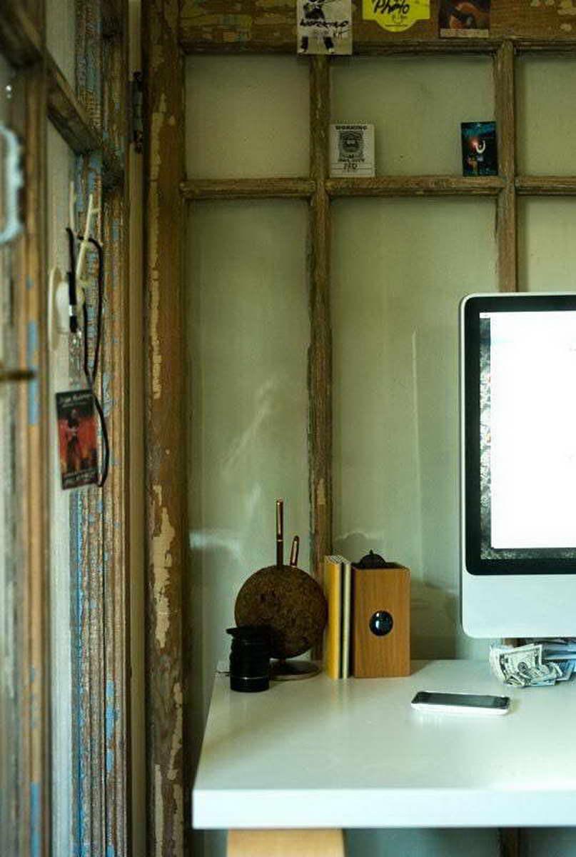 régi-ajtó-kreatív-újrahasznosítás - térelválasztó, paraván