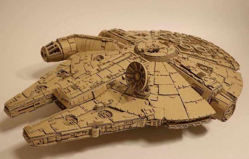 régi papírdobozok újrahasznosítása - millenium falcon - ezeréves sólyom