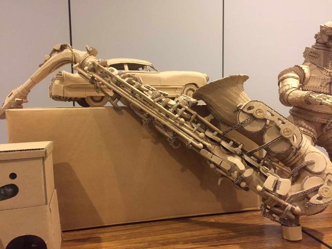régi papírdobozok újrahasznosítása - szaxofon