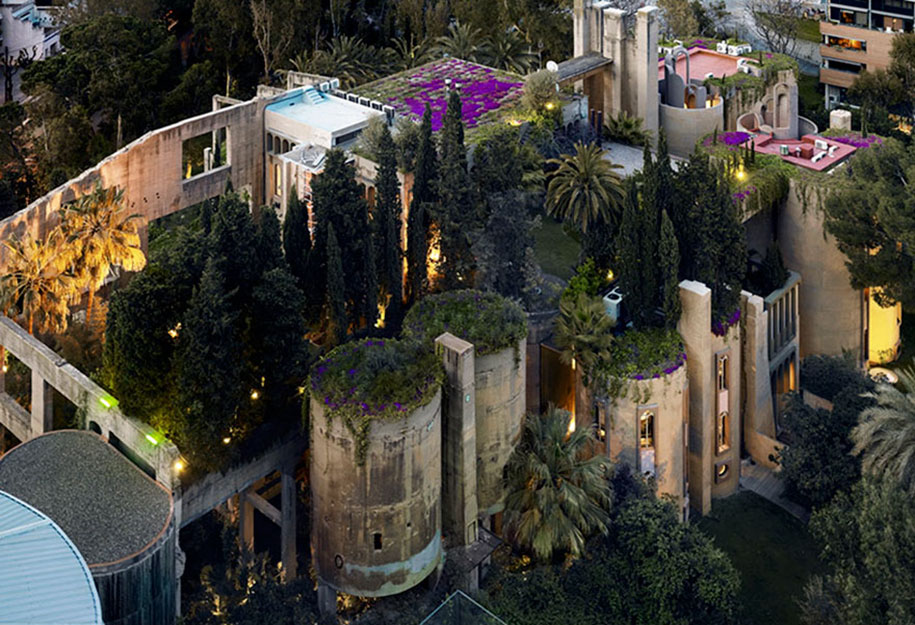 spanyol villa cementgyárból - kert