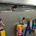 LEGO ragasztószalag hűtőre