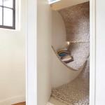 gyerek rejtekhely - lépcsőfordulóban