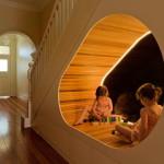 gyerek rejtekhely - lépcső alatt