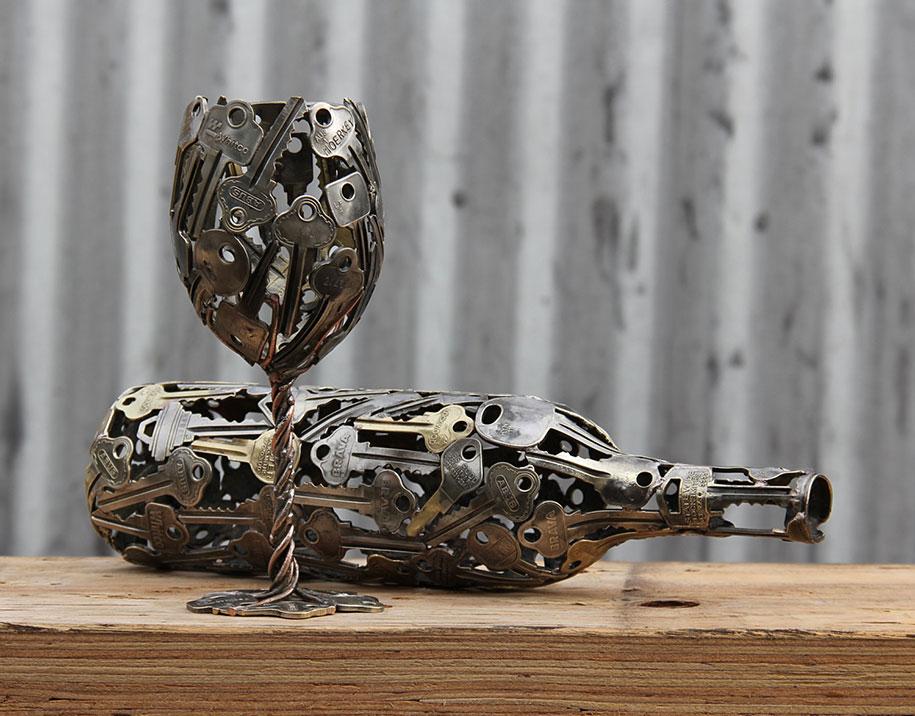 régi kulcs és pénz, érme alkotások - borospohár