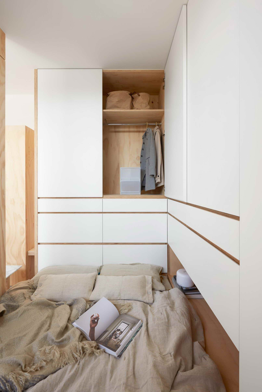 kis lakás térelválasztó bútor