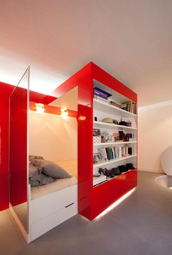 kis lakás mozgatható polc
