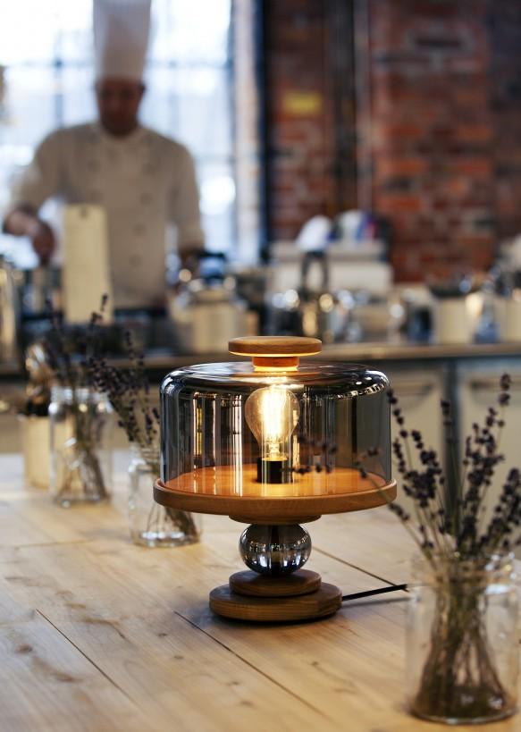design asztali lámpa fa üveg