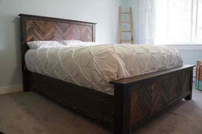 ágy készítés DIY kreatív - parketta és halszálka minta