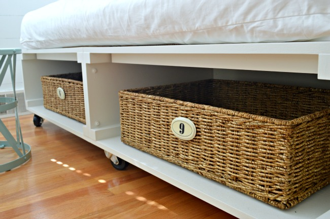 ágy készítés DIY kreatív - ágy mint guruló tároló