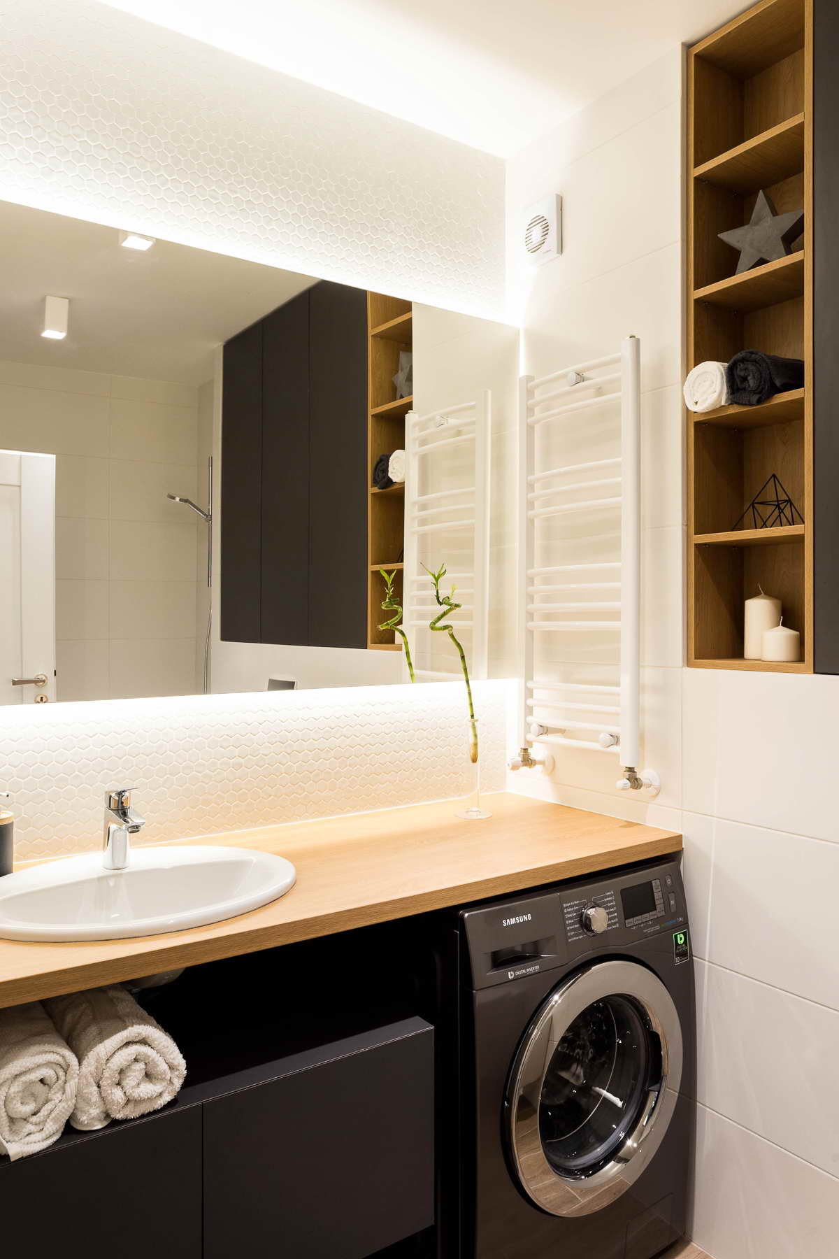 egyszerű színek letisztult design - fürdőszoba