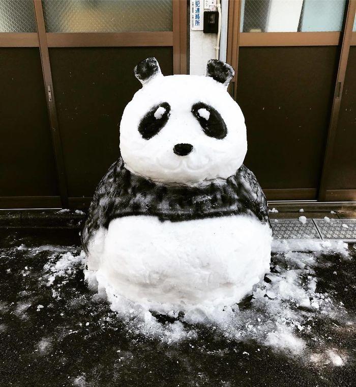 hófigura - hóember panda