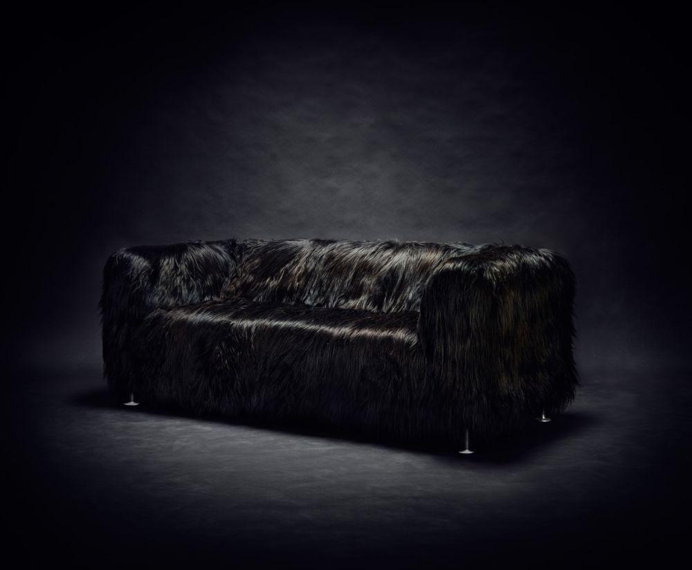 IKEA hack - Delaktig kanapé - fekete szőrös huzat