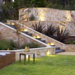 kerti lépcső többszintű terasz és kert - két szint