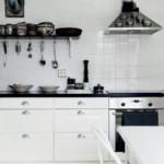 kis konyha tároló ötlet, tipp - függőleges felület kihasználás kés