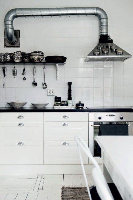 kis konyha ötlet, tipp - függőleges felület kihasználás kés