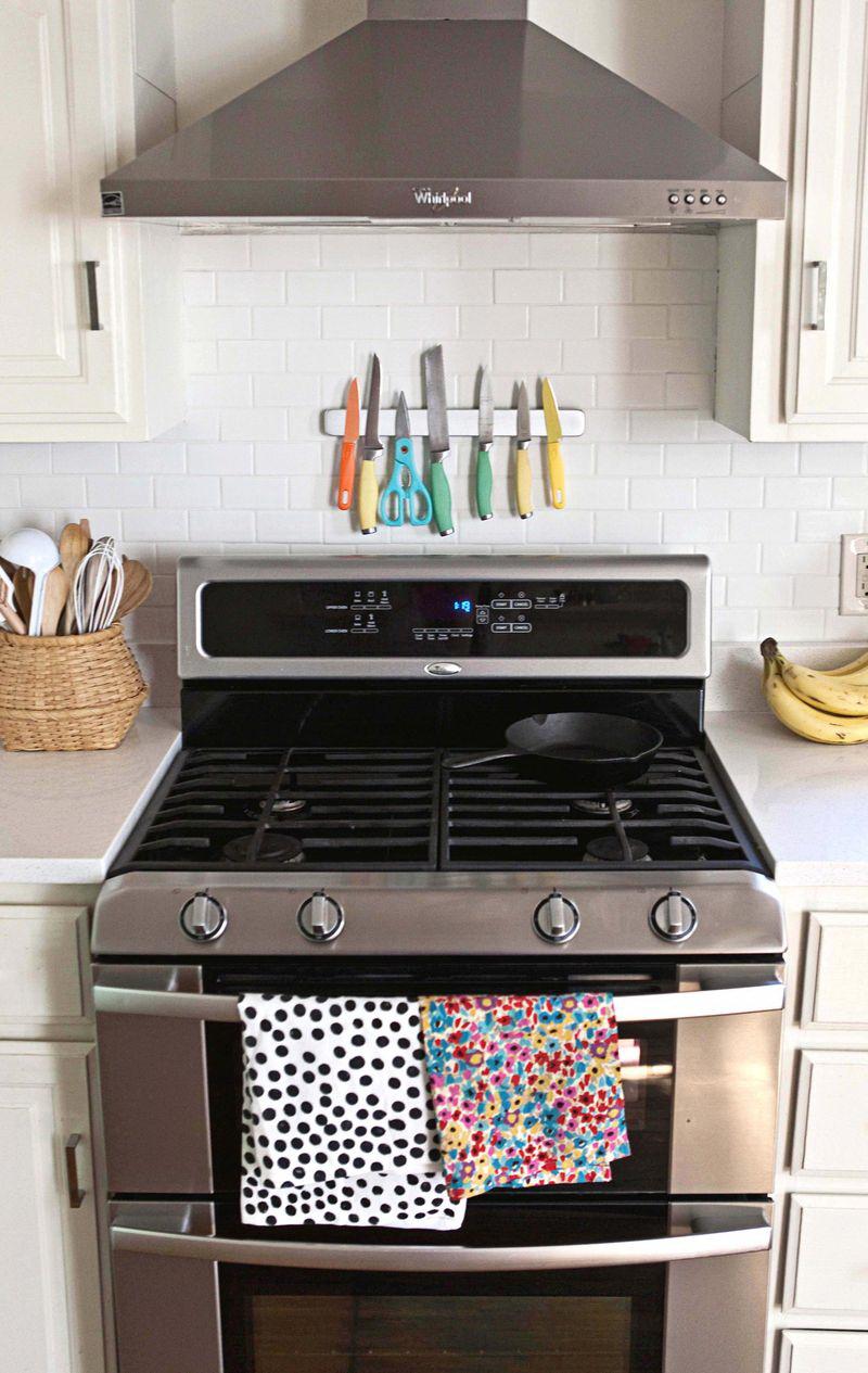 kis konyha ötlet - mágneses késtartó