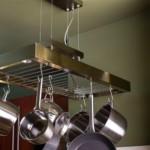 kis konyha tároló ötlet, tipp - plafon függesztek