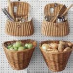 kis konyha ötlet, tipp - függő kosarak