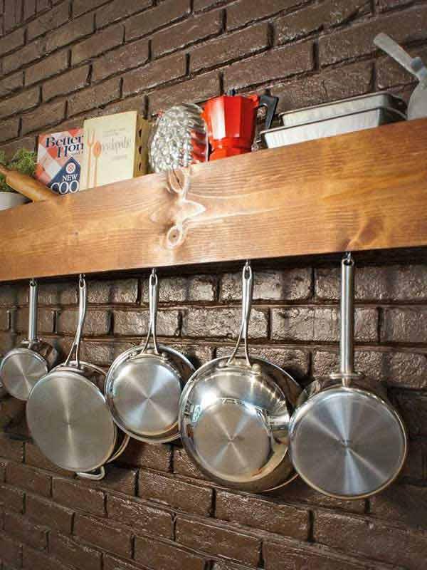 kis konyha ötlet, tipp - konyha szekrény belső ajtó