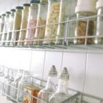 kis konyha tároló ötlet, tipp - fűszer doboz üveg